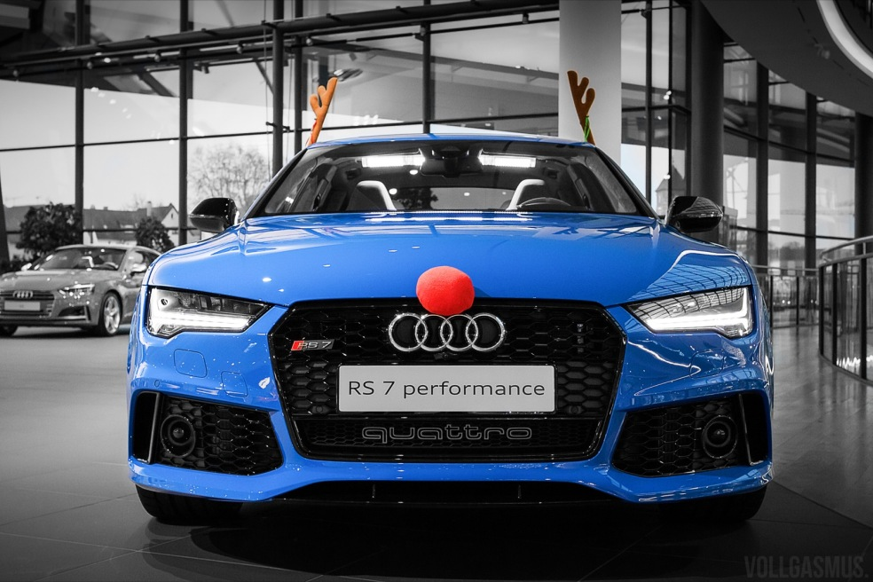 Audi RS7 Performance Weihnachts Wallpaper
