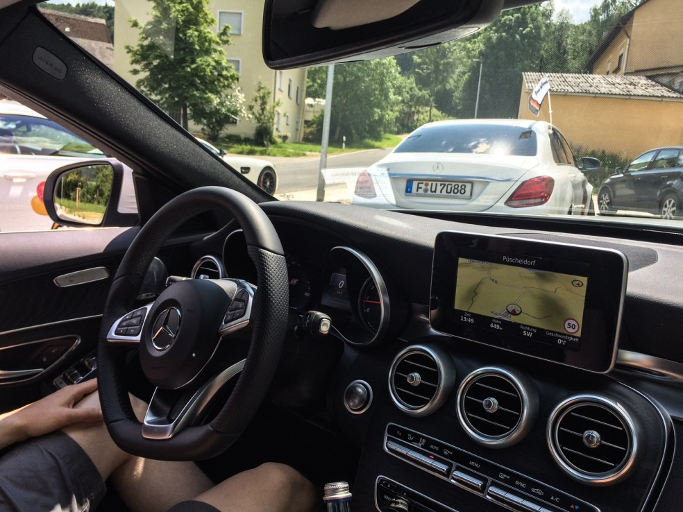 Unterwegs mit Mercedes C Klasse und AMG GTS