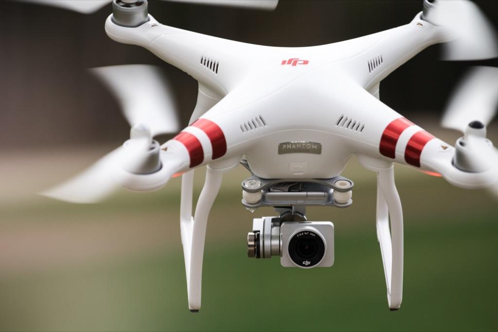 Drohnenaufnahmen vom eigenen Auto Videoshooting