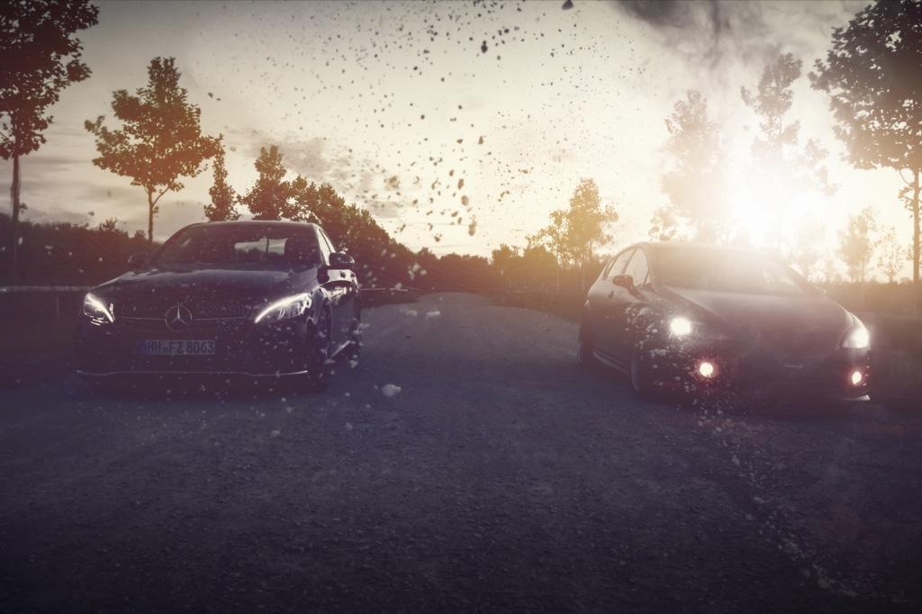 Mercedes C43 AMG und Seat Leon mit Mehlaction Sonnenuntergang Wallpaper