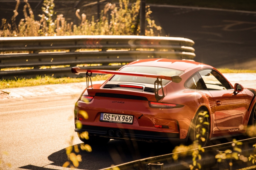 Porsche GT3RS Herbst Nordschleife Wallpaper