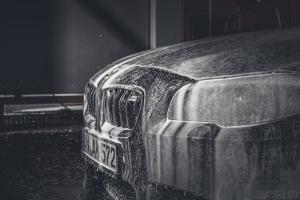 BMW M5 Aulitzky Tuning Waschstraße Schaum Wallpaper