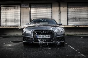 Audi A6 S Line Wasser Spritzer Wallpaper
